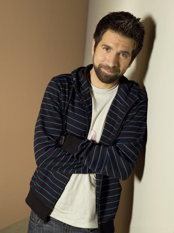 Morgan Grimes (Joshua Gomez) in un'immagine della stagione 2 di Chuck