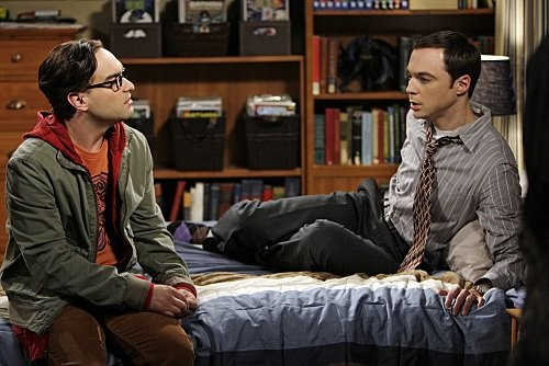 The Big Bang Theory: Johnny Galecki e Jim Parsons nell'episodio The Vengeance Formulation