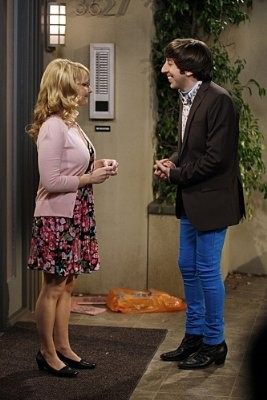 The Big Bang Theory: Simon Helberg e Melissa Rauch in un momento dell'episodio The Vengeance Formulation