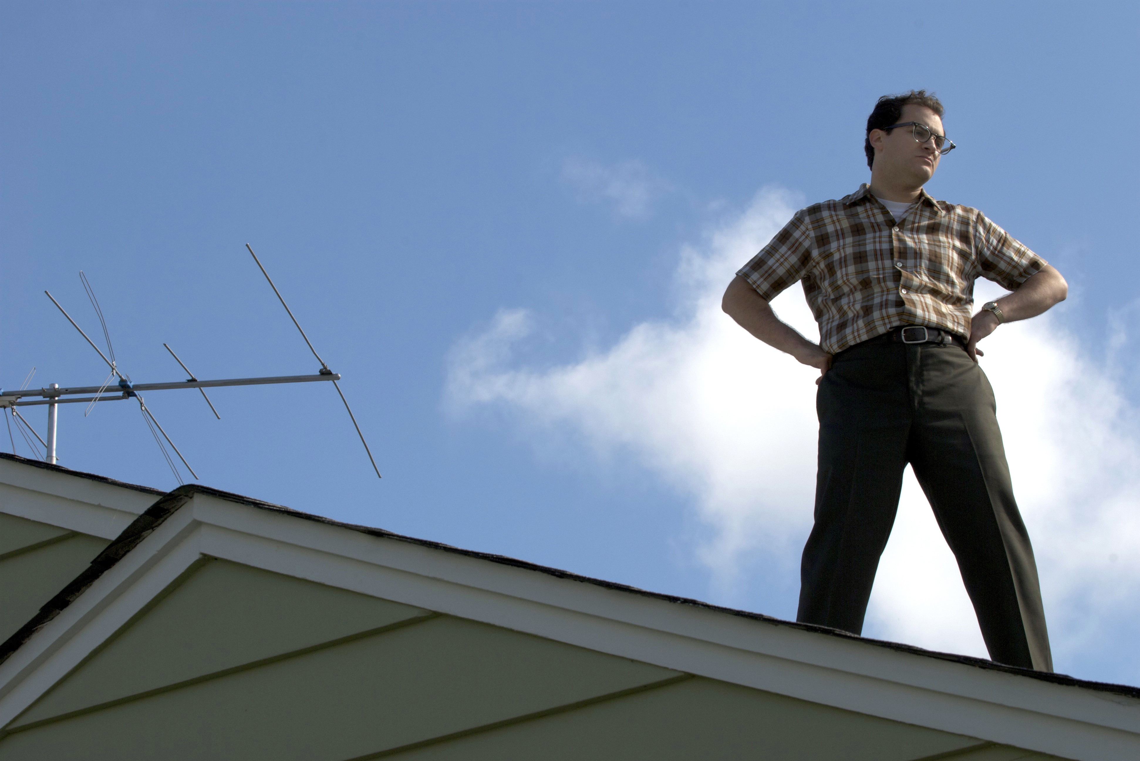 Wallpaper: Michael Stuhlbarg in una scena del film A Serious Man