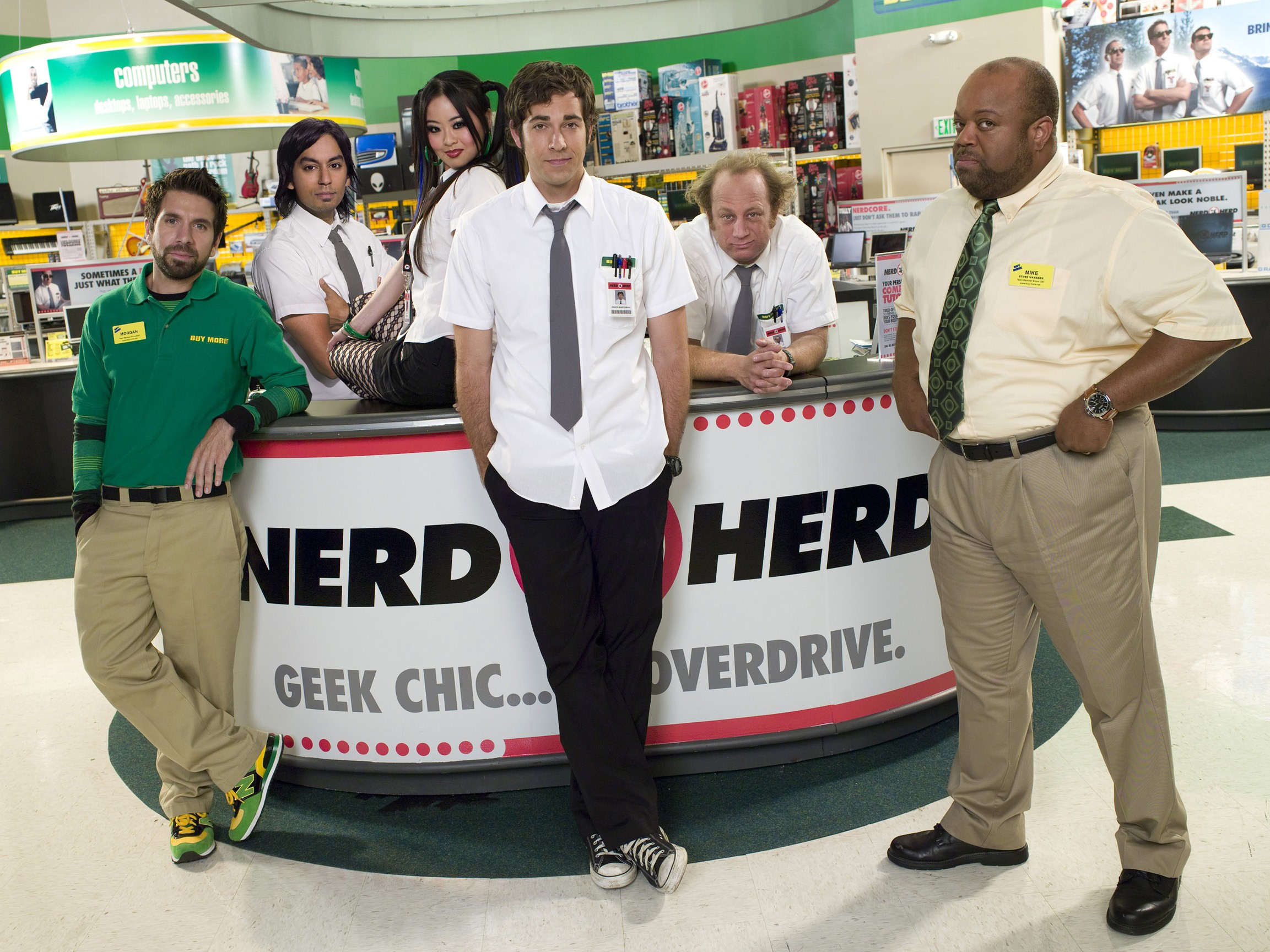 Wallpaper: una foto di gruppo del cast per la 2 stagione della serie americana Chuck