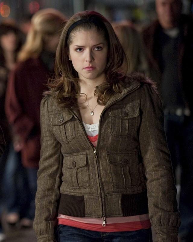 Jessica (Anna Kendrick) in una sequenza del film Twilight: New Moon
