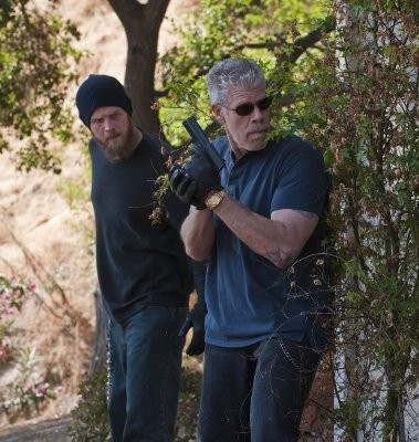 Sons of Anarchy: Ron Perlman e Ryan Hurst nell'episodio Falx Cerebri