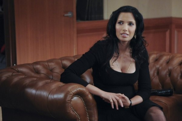 30 Rock: Padma Lakshmi nell'episodio The Problem Solvers