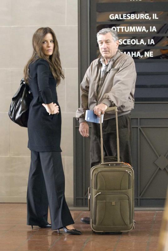 Kate Beckinsale e Robert De Niro in Everybody's fine