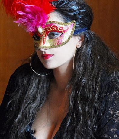 Barbara Giummarra è la pornostar Vampirella nella biopic Moana