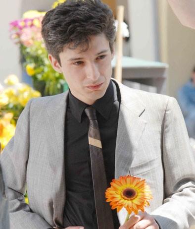 Fausto Paravidino è Riccardo Schicchi, manager di 'Diva Futura' nel film tv Moana.