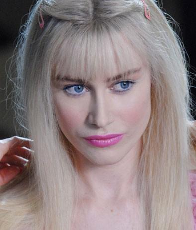 Ilona Staller (interpretata da Giorgia Wurth) nel film Moana.