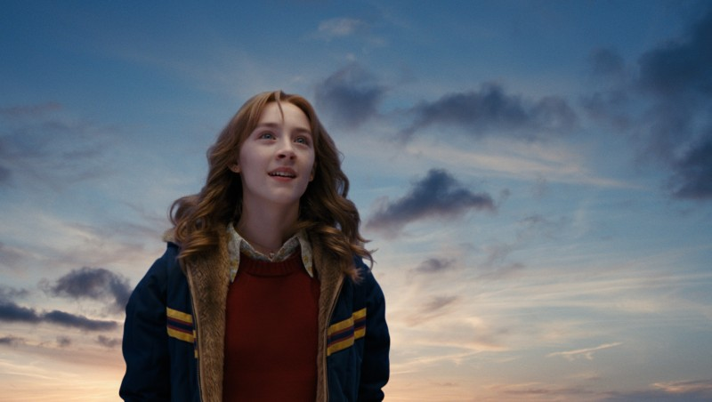 Saoirse Ronan nel film Amabili resti