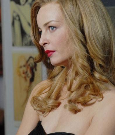 Violante Placido è molto somigliante a Moana Pozzi, da lei interpretata in una fiction di Sky