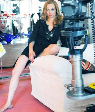 Violante Placido sul set del film tv 'Moana'.