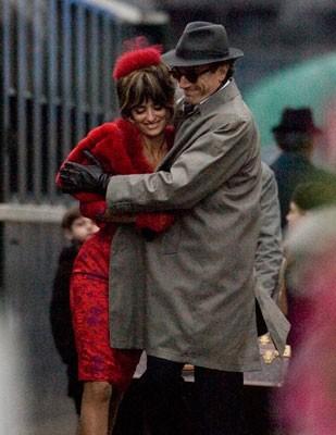 Penelope Cruz e Daniel Day-Lewis sul set del musical Nine
