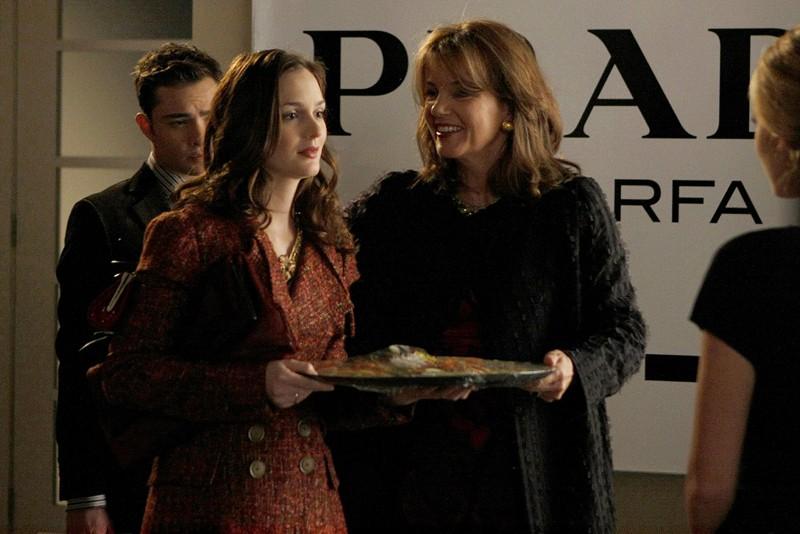 Blair (Leighton Meester) e la madre (la guest star Margaret Colin) nell'episodio Treasure of Serena Madre di Gossip Girl