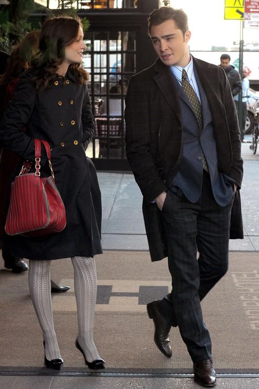 Leighton Meester e Ed Westwick per le strade dell'Upper East Side nell'episodio Treasure of Serena Madre di Gossip Girl