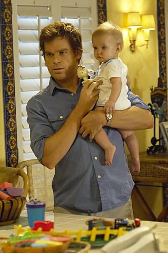 Michael C. Hall in una scena dell'episodio Lost Boys di Dexter