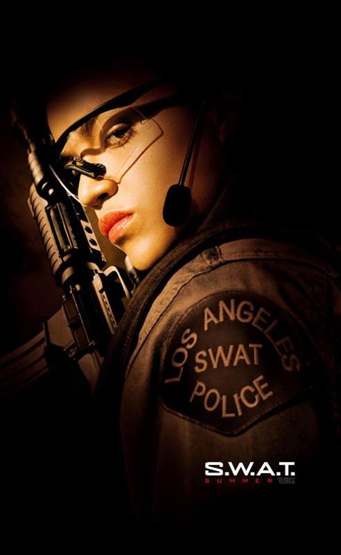 Un character poster di Michelle Rodriguez per il film S.W.A.T.