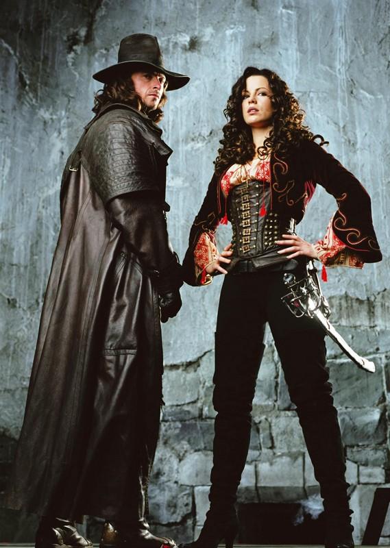 Una foto promo con Hugh Jackman e Kate Beckinsale per il film Van Helsing