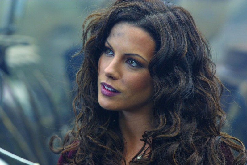 Una wallpaper di Kate Beckinsale per il film Van Helsing
