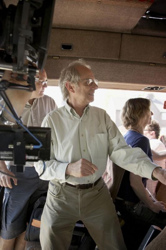 L'autore de Il mio amico Eric, Ken Loach, sul set del film