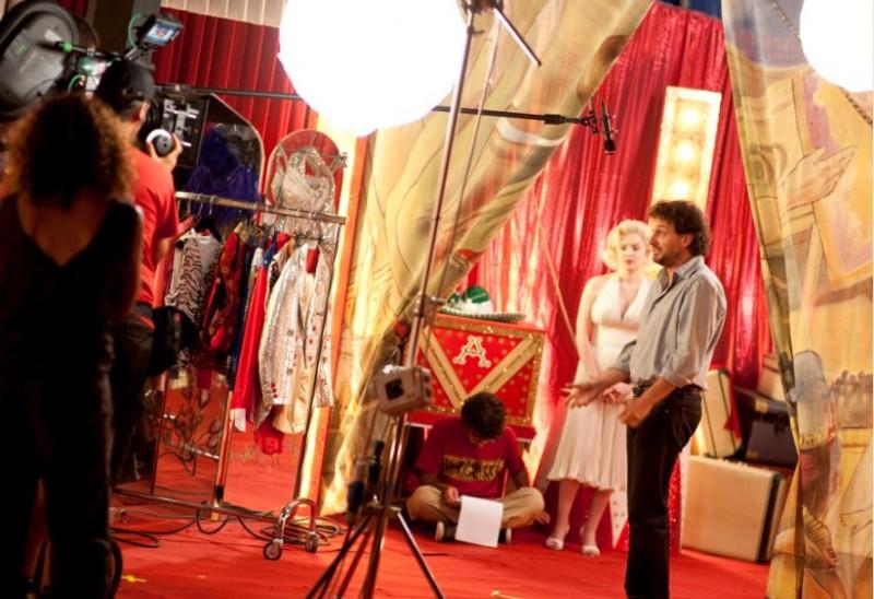 Leonardo Pieraccioni e Suzie Kennedy sul set del film Io e Marilyn