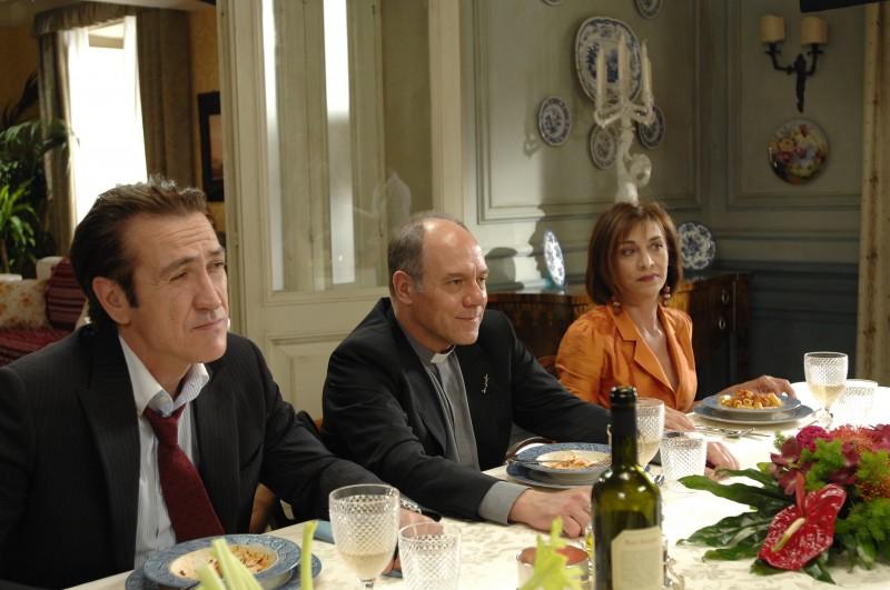 Marco Giallini, Carlo Verdone e Anna Bonaiuto nel film Io, loro e Lara