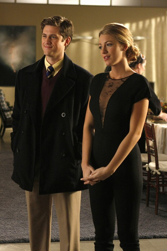Una scena dell'episodio Treasure of Serena Madre di Gossip Girl con Aaron Tveit e Blake Lively