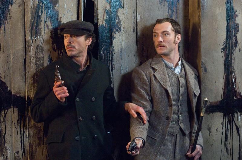 Robert Downey Jr. e Jude Law in un'immagine di Sherlock Holmes