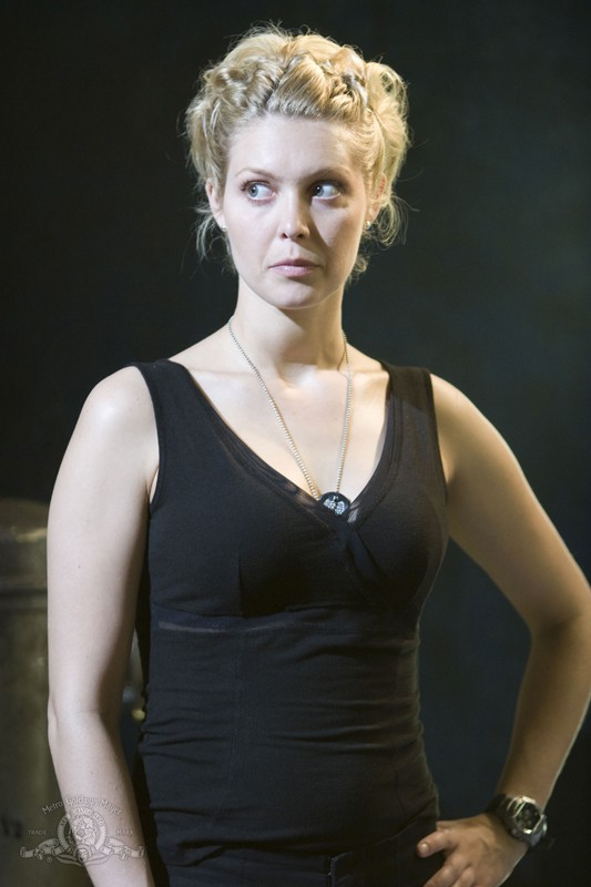 Tamara Johansen (Alaina Kalanj) nell'episodio Justice di Stargate Universe