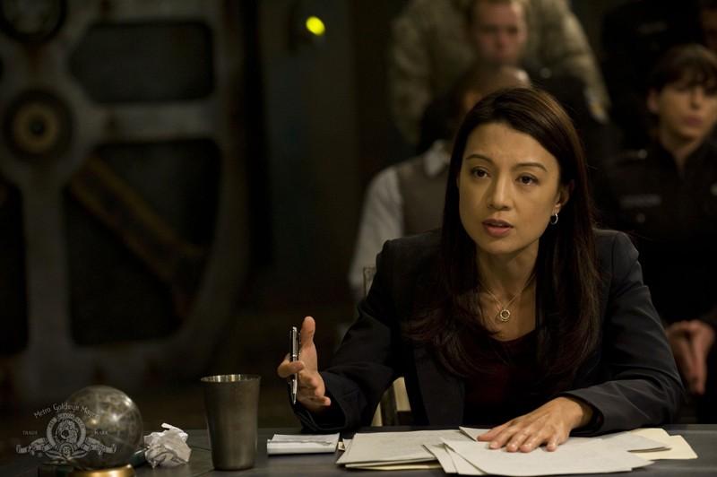 Camille (Ming-Na) è l'accusa nel processo improvvisato sulla Destiny nell'episodio Justice di Stargate Universe