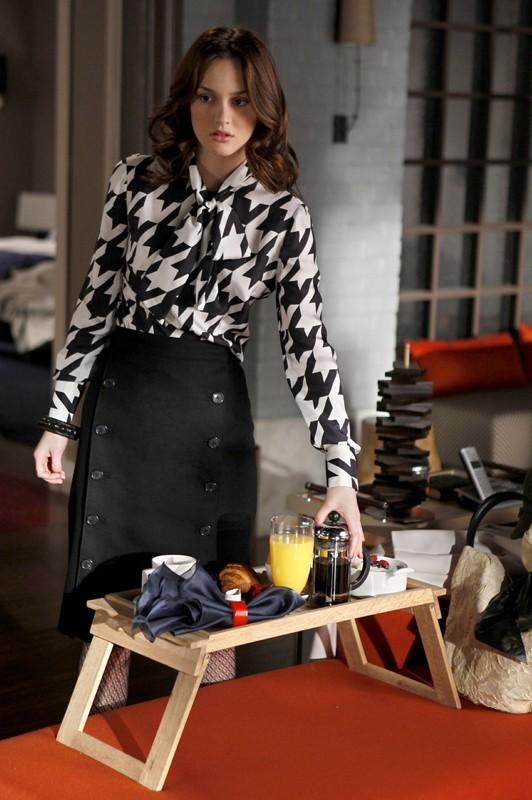 Leighton Meester è la bellissima Blair Waldorf in una scena dell'episodio The Debarted di Gossip Girl
