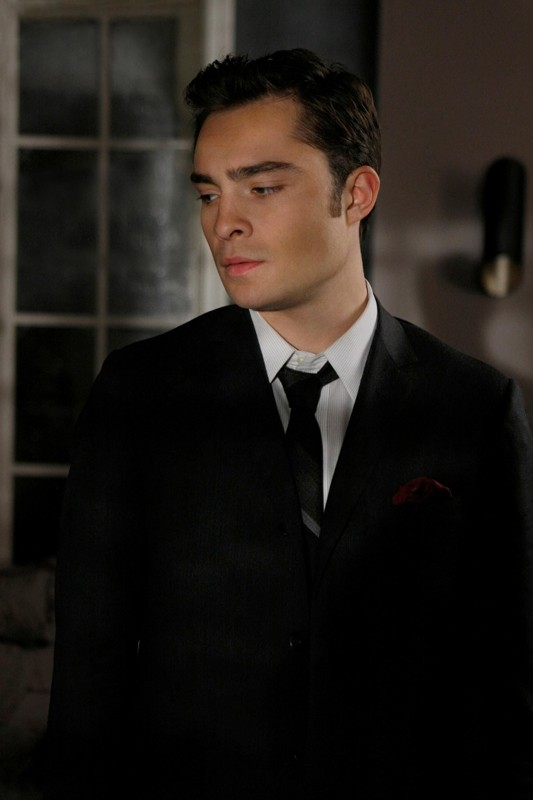 Una scena dell'episodio The Debarted di Gossip Girl con Ed Westwick