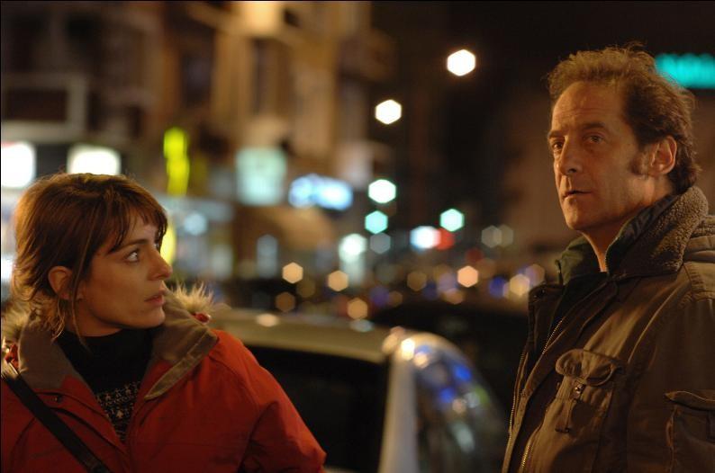 Audrey Dana e Vincent Lindon in una scena del film Welcome