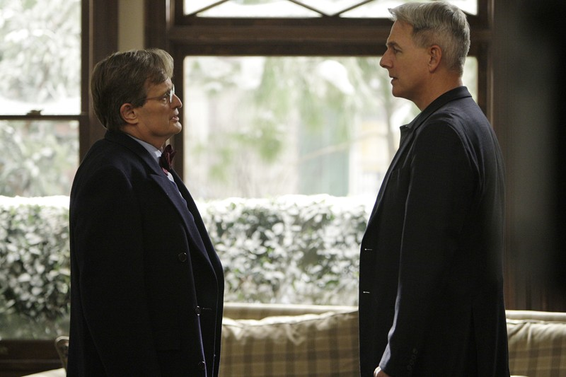Ducky (David McCallum) e Gibbs (Mark Harmon) in un momento dell'episodio Faith di Navy N.C.I.S.