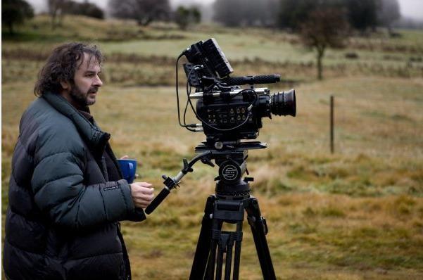 Il regista Peter Jackson sul set di Amabili resti