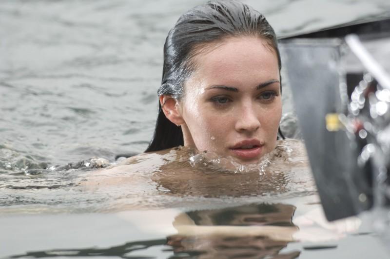 La bella Megan Fox sul set del film Jennifer's Body, scritto da Diablo Cody