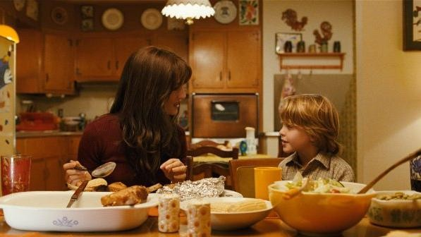 Rachel Weisz e Christian Thomas Ashdalein una scena di Amabili resti