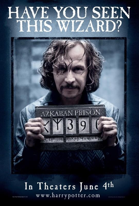 Un character poster del ricercato Sirius Black (Gary Oldman) per il film Harry Potter e il Prigioniero di Azkaban