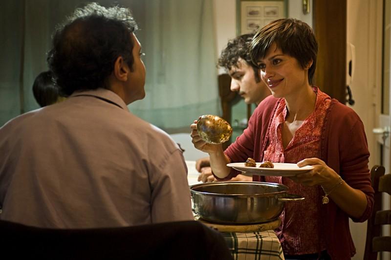 Claudia Pandolfi in un'immagine del film La prima cosa bella