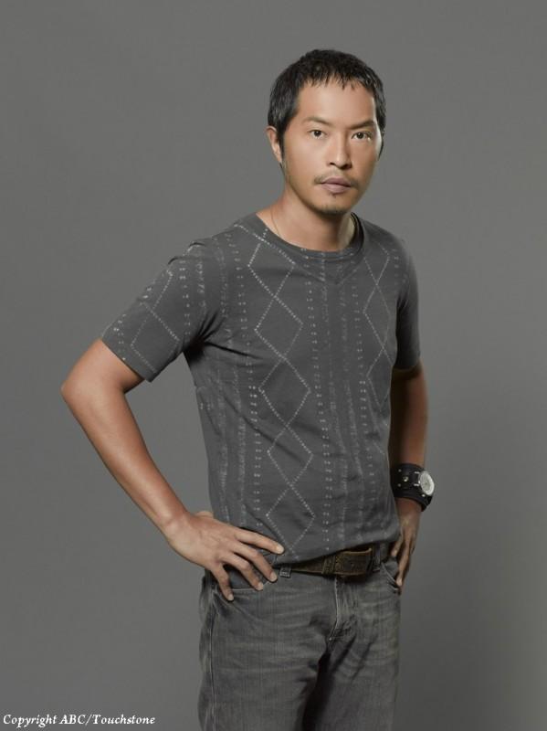Lost: Ken Leung in una immagine promozionale della stagione 6