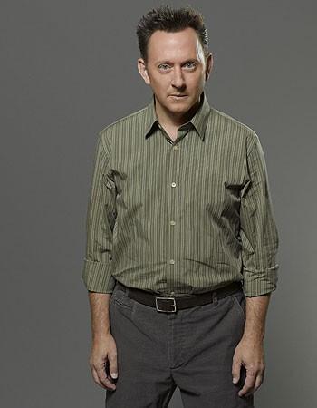 Lost: Michael Emerson in una immagine promozionale della stagione 6
