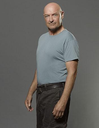 Lost: Terry O'Quinn in una immagine promozionale della stagione 6