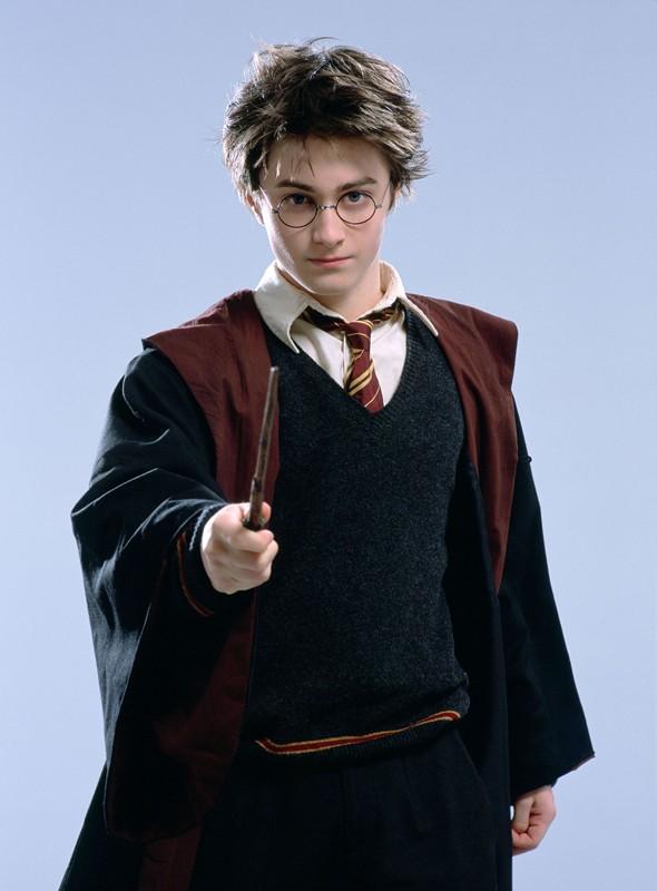 Daniel Radcliffe è Harry Potter in un'immagine promo dell'omonimo film