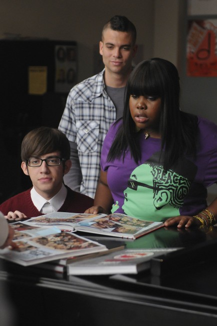 Glee: Kevin McHale, Mark Salling ed Amber Riley nell'episodio Mattress