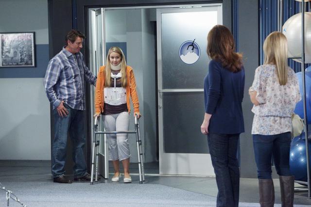 Make it or Break it: Brett Cullen ed Ayla Kell nell'episodio The Eleventh Hour