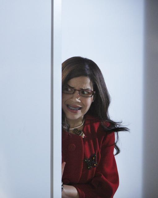 Ugly Betty: America Ferrera in una scena dell'episodio Level (7) with Me