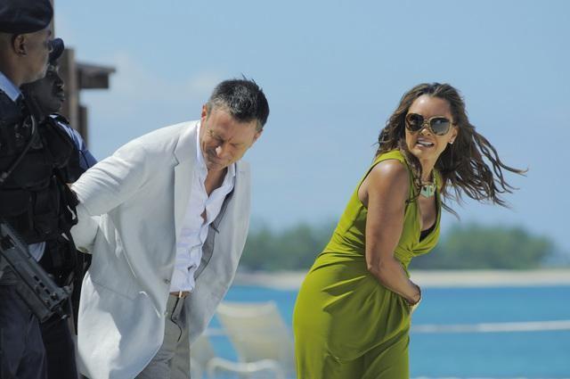 Ugly Betty: Vanessa Williams e Grant Bowler nell'episodio The Bahamas Triangle