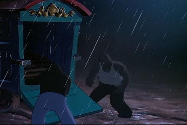 I lavoratori del circo in una scena del film d\'animazione Dumbo