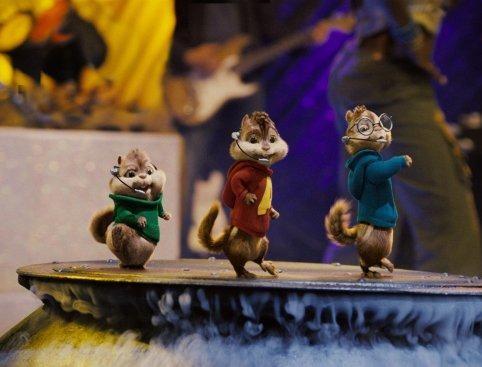 Alvin, Theodore e Simon in una scena del film Alvin Superstar