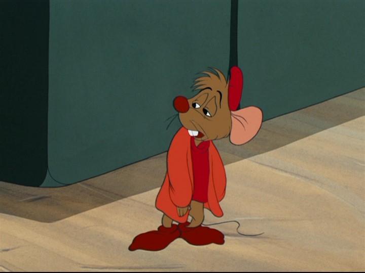 Il topolino Giac in una scena del film d\'animazione Cenerentola