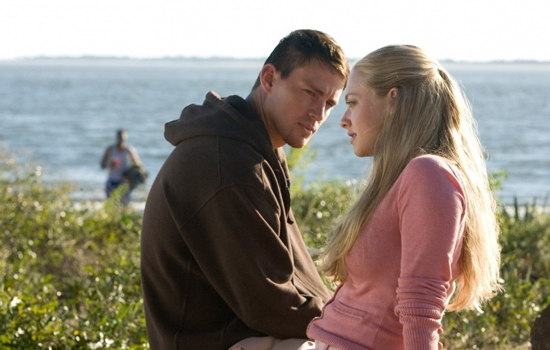 John (Channing Tatum) e Savannah (Amanda Seyfried) in una scena del film Dear John